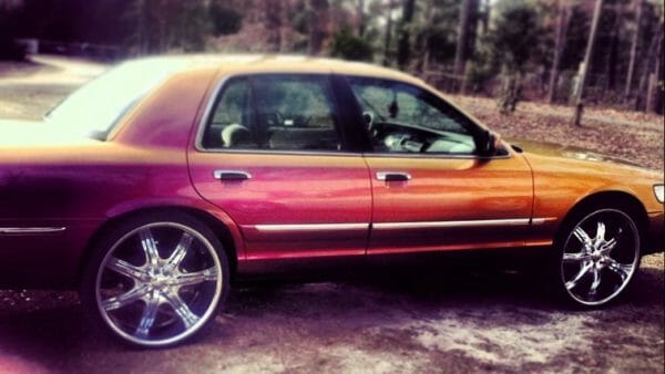 Customer car painted with our 4759OR Colorshift Pearls®