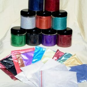 Mini Pro Painter Pack 25 includes all types of Pearl Pigments and Flake.
